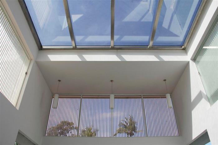 09 skylight over the internal court