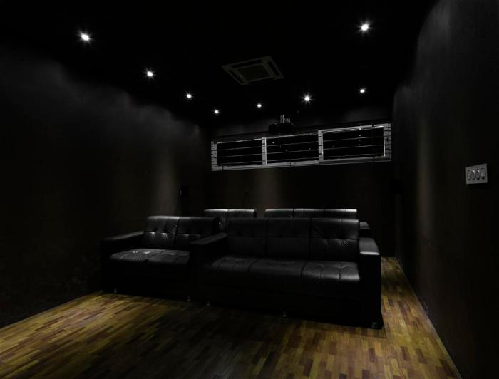 75a home theater