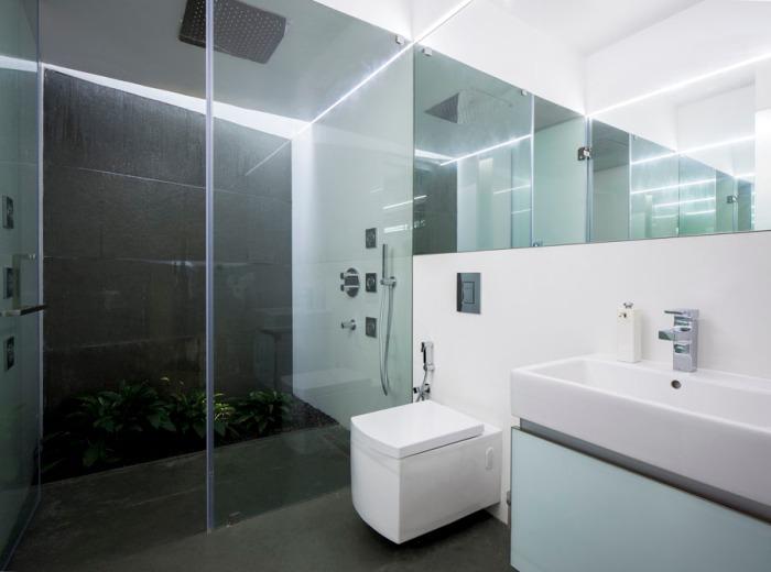 22 - Master Bedroom Toilet a04