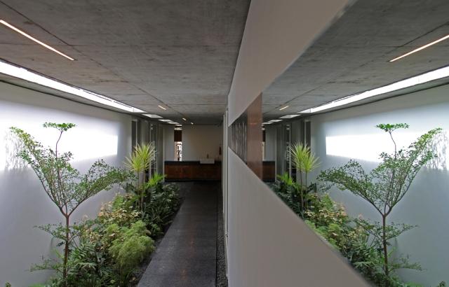 18 - Central Court  d01(LRa)