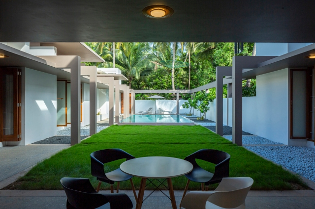 27 - Pool + Patio LIJO.RENY.architects (PM) (1)
