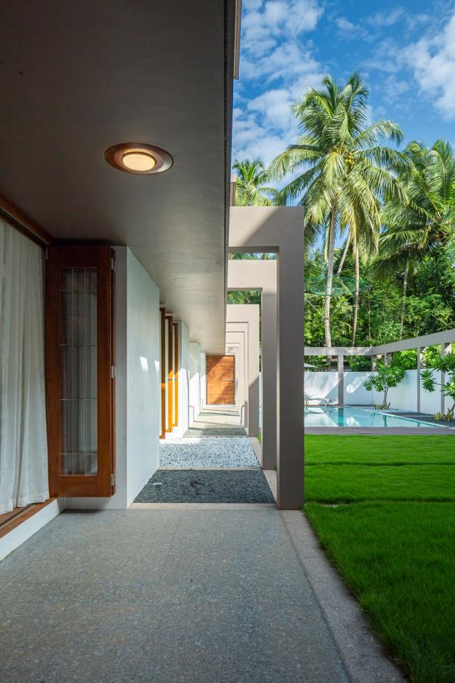 27 - Pool + Patio LIJO.RENY.architects (PM) (4)